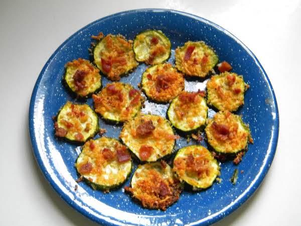 Zuchinni Cheese Crisps With Bacon...
