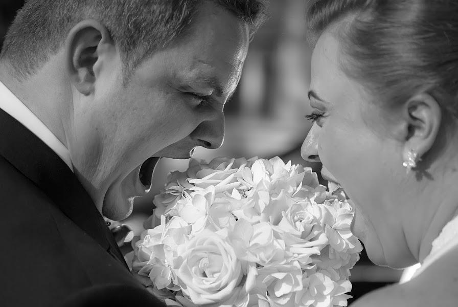 Wedding photographer Vlad Axente (vladaxente). Photo of 26.04.2016