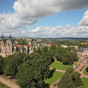 ゲーテゆかりのバロック都市、ドイツの守護聖人が眠るフルダの大聖堂を訪ねて