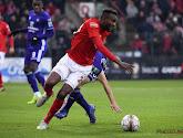 Merveille Bokadi speelde op het veld van Cercle Brugge als buffer voor de verdediging