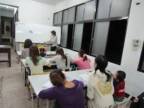 Photo: 20111129頭屋行動教室-大陸與外籍配偶識字班005