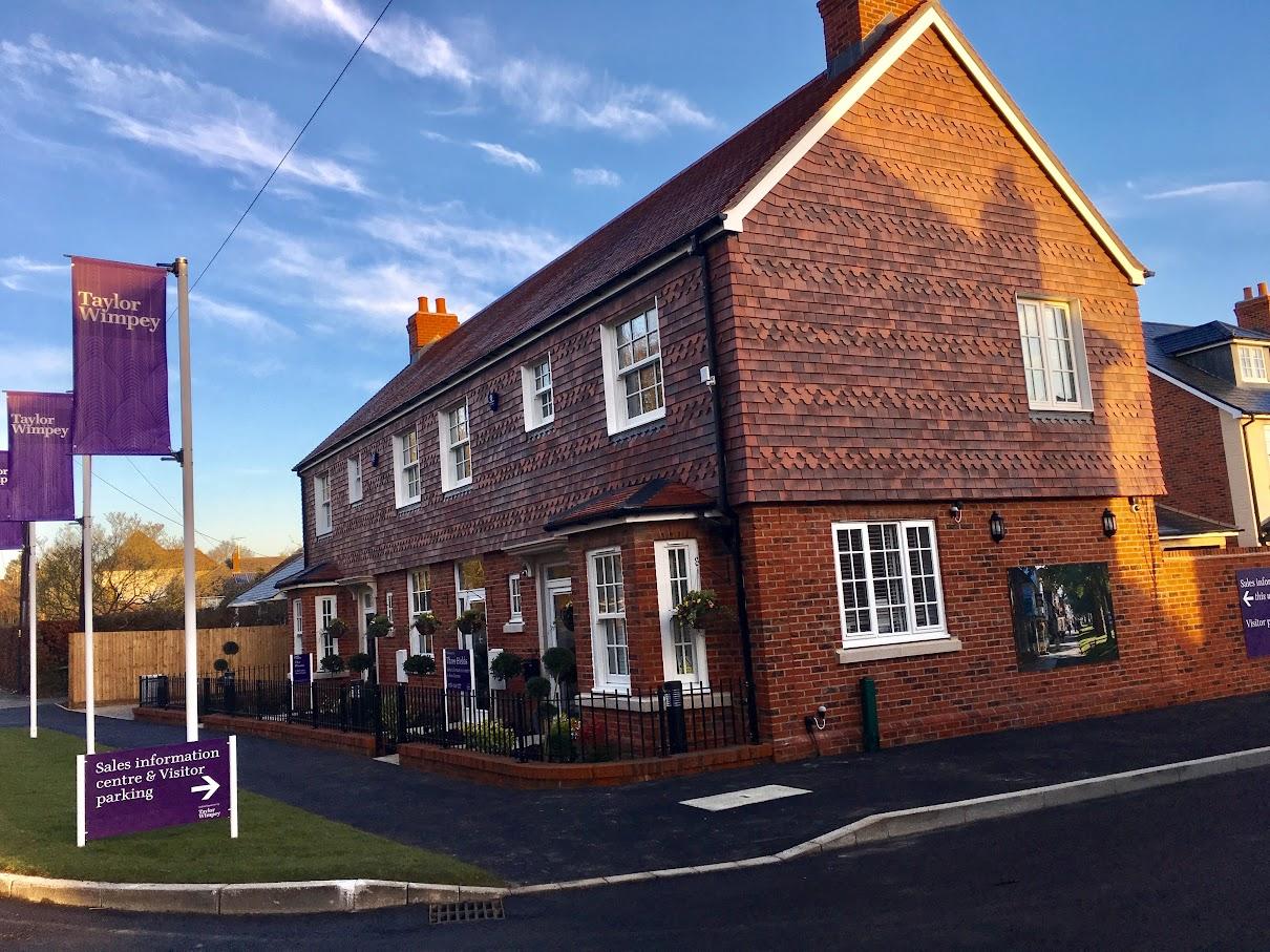 new houses Tenterden, three fields