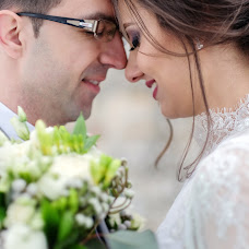 Wedding photographer Vladut Tiut (tiutvladut). Photo of 04.03.2018