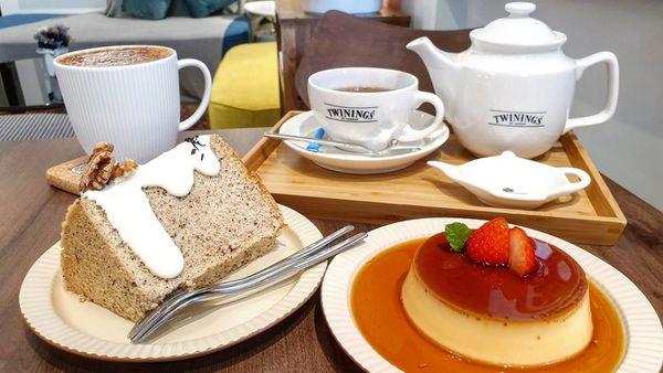 小煮咖啡|盪鞦韆,美景庭院,溫馨老宅咖啡。TWININGS茶組,今天心情香香喝下午茶