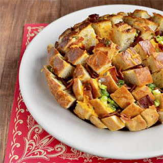 Cheesy Bacon Pull-Apart Loaf.