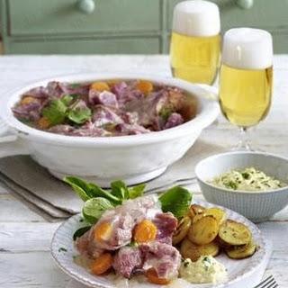 Eisbein-Sauerfleisch zu Bratkartoffeln