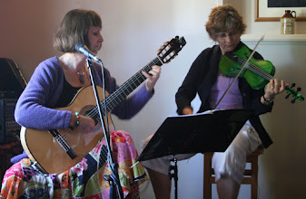 "Photo: Helen James and Ali Nourse with a repertoire ranging ""from delicate and romantic folk melodies through to wild and earthy Irish reels"".© Richard Bottle 2008"