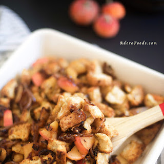 Easy Caramelized Onion And Apple Stuffing