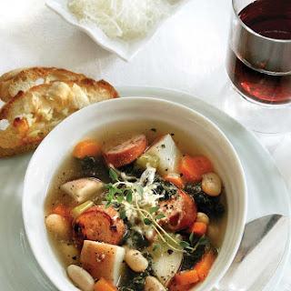 Kale, Potato & White Bean Soup