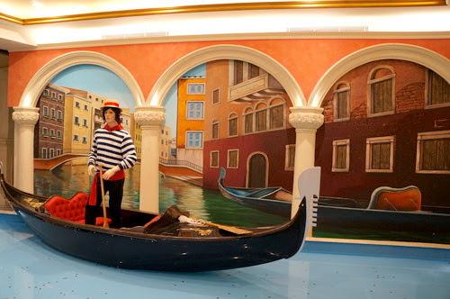 板橋景點推薦- 拍照好地方威尼斯風情【大遠百】