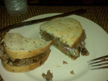 Low-Sodium Philly Cheesteaks on Rye