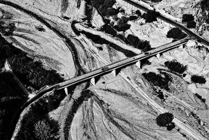 L'attraversamento del torrente dell'amendolea di Fiorenza Aldo Photo
