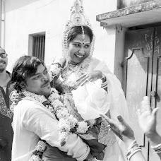 Wedding photographer Sourik Ghosh (anecdotepixels). Photo of 29.10.2017