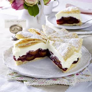 Plum and Pastry Cream Cake.