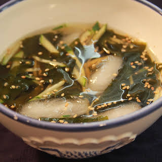 Cold Cucumber Soup (오이냉국).