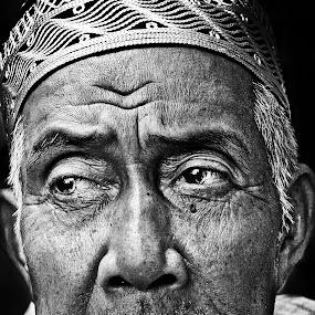 by Azmil Omar - People Portraits of Men
