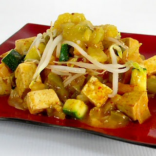 Thai Red Curry with Mango Chutney Recipe