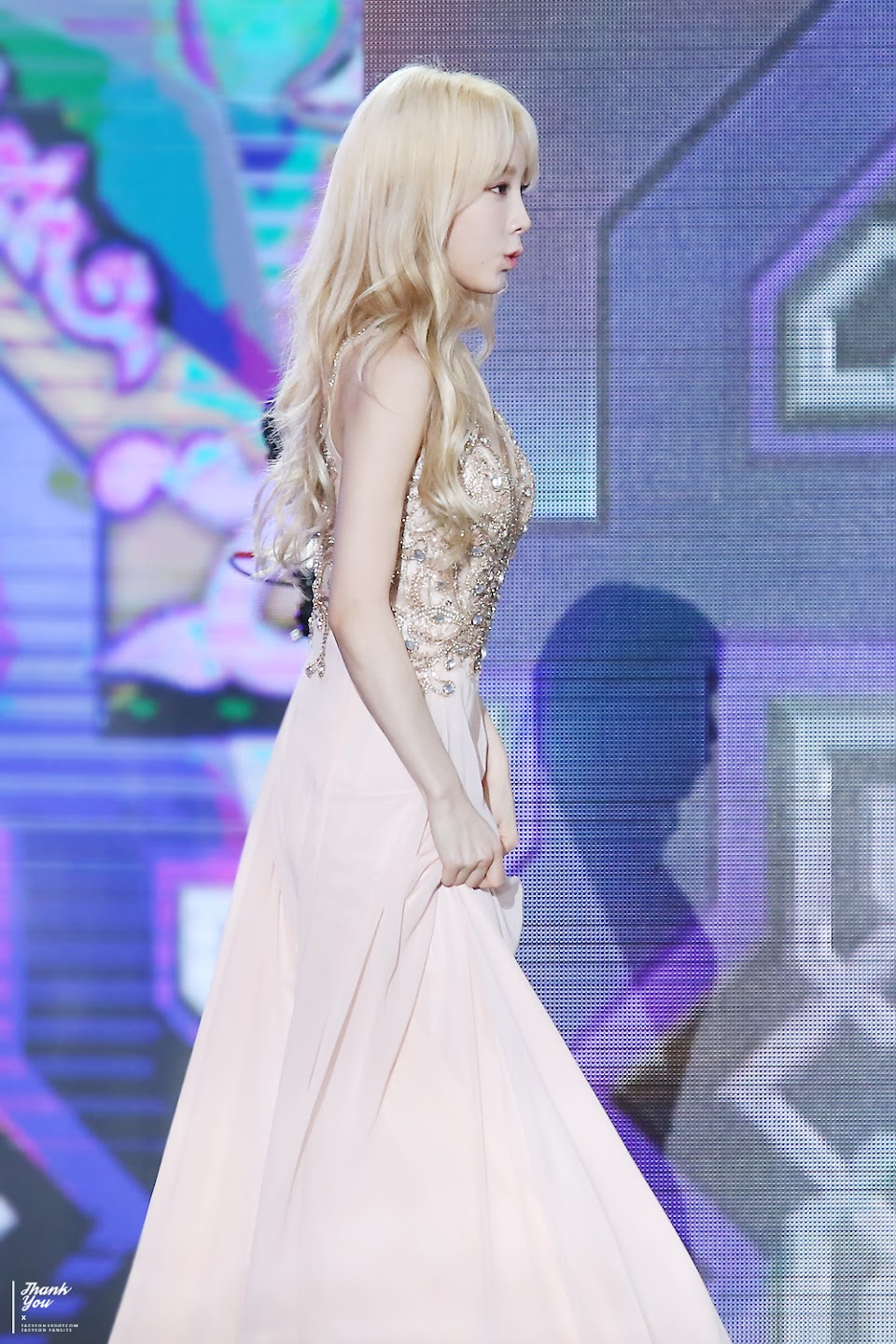 taeyeon gown 59