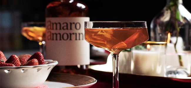 Cocktails Are The Best Last Minute Valentine's Day Ideas