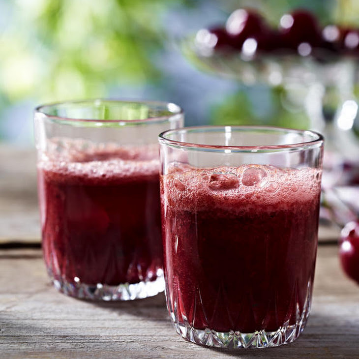 Sparkling Cherry Smoothie Recipe