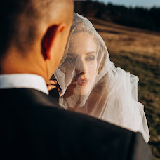 Wedding photographer Volodymyr Harasymiv (VHarasymiv). Photo of 01.01.2019