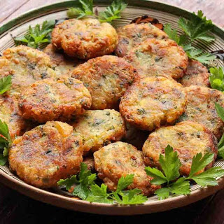 Baked Aloo Tikki Recipe - Spicy Potato Patties or Cutlets