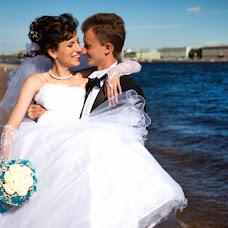 Wedding photographer Kristina Tolstikova (KroXa). Photo of 17.07.2013