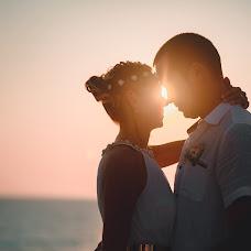 Wedding photographer Maksim Voznyak (love). Photo of 25.12.2015
