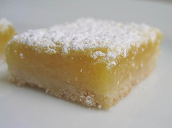 Buttery Lemon Squares Recipe