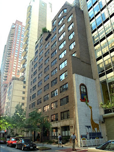 2 bedroom apartment on 47th Street & 3rd Avenue