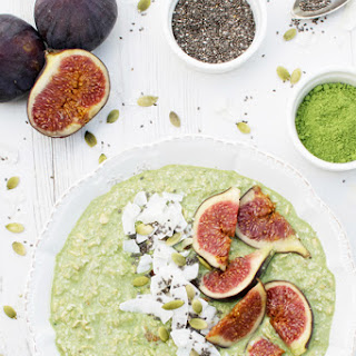 Matcha & Coconut Overnight Porridge with Fresh Figs [vegan]