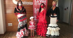 1º Premio modalidades infantil y juvenil-adultos con Rosalía Navarro y Mar Segura.