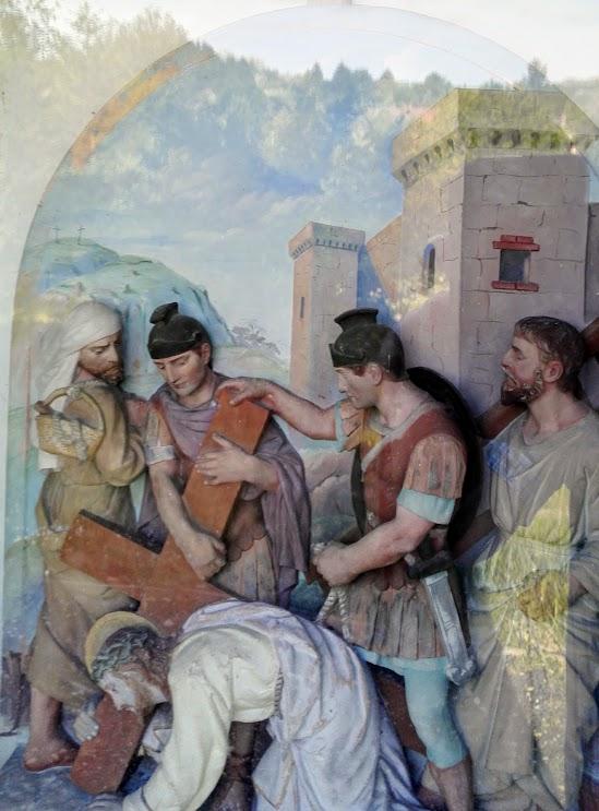 Búcsúszentlászló - Kálváriakápolna a keresztúttal