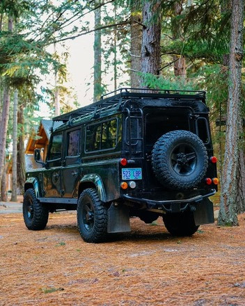 Land Rover Defender Hire OR