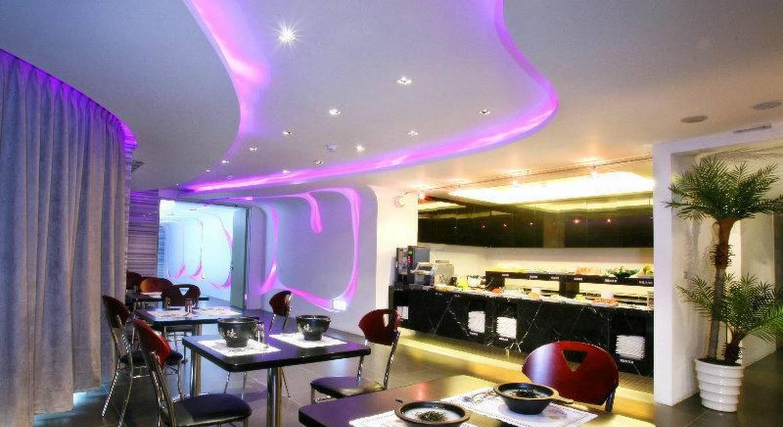 Ya Nold Fashion House