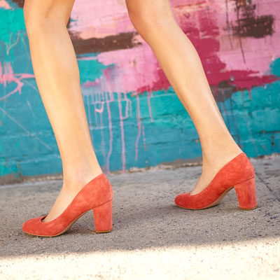 Wide-fitting shoes