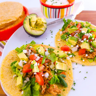 Easy Crock Pot Shredded Chicken Tacos