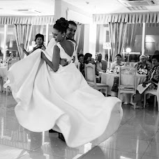 Wedding photographer Kristina Dikikh (dikih). Photo of 17.11.2015