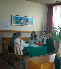 Photo: Adesioni alla associazione presso il desk AIATP  (foto di Stefano Fermi)