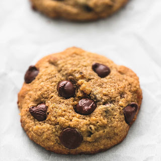 BEST Ever Healthy Banana Chocolate Chip Cookies.