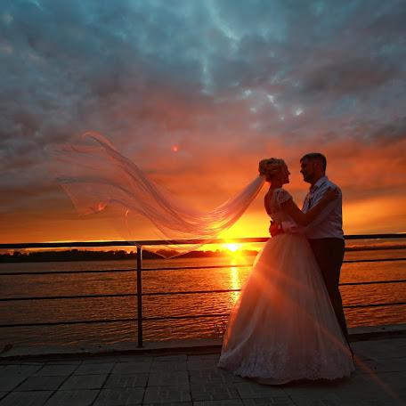 Wedding photographer Olga Po (striker). Photo of 15.07.2017