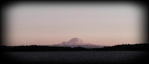 Photo: Rainier from I-90 traffic -- Seattle, WA