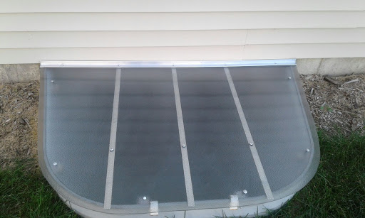 Darien, IL HandyManny Custom Window Well Covers
