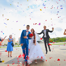 Wedding photographer Yaroslav Kanakin (YaroslavKanakin). Photo of 13.08.2015