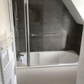 New bath, screen and towel rail in Epwell - Oxfordhsire