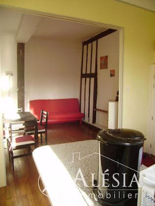 Location studio meublé 29,45 m2
