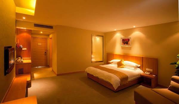 ZTG MingTing ShunChang Hotel