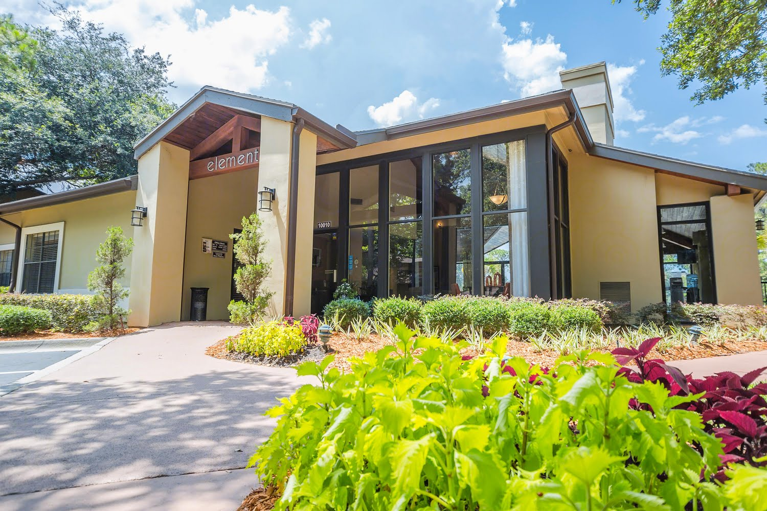 Elements of belle rive apartments in jacksonville fl for Bell rive