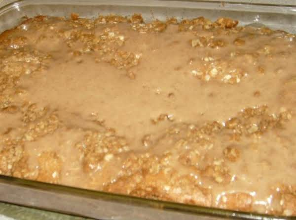 Cinnamon & Spice Coffee Cake With Crisp Topping & Icing