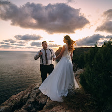 Wedding photographer Anatoliy Pismenyuk (Oriental). Photo of 01.10.2017